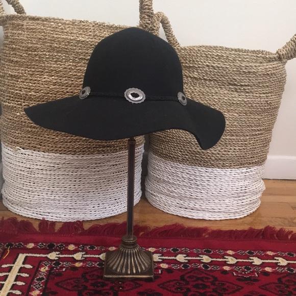 2ec5acee7 Kendell & Kylie Floppy Felt Hat